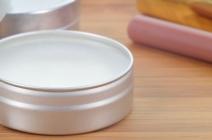 Leksykon kosmetyczny. Cyclopentasiloxane – wszystko o popularnym w kosmetykach składniku