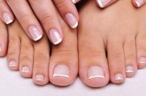 6 sprawdzonych sposobów na rozdwajanie się paznokci – Zobacz!
