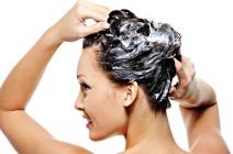 Jak zrobić domowy peeling skóry głowy?