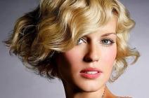 Najmodniejsze fryzury wiosna/lato 2012