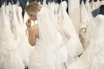 Już mi niosą suknię z welonem, czyli jak wybrać suknię ślubną