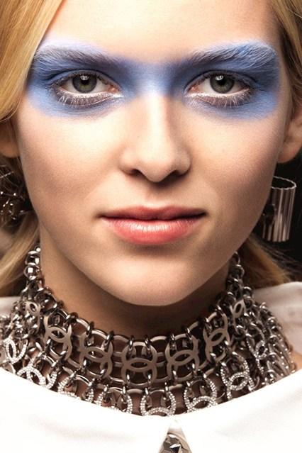 Chanel-SS16-Beauty-Vogue-8Oct15-Chanel_b_426x639