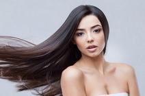 Jak pielęgnować cienkie i delikatne włosy? Porady stylistów