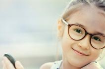 Przygotuj swoją córkę do szkoły. Z nami wykonasz fryzury dla dziewczynek krok po kroku.