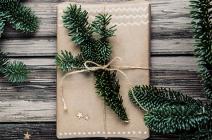 Pakowanie prezentów – kilka sposobów jak zrobić to szybko i efektownie