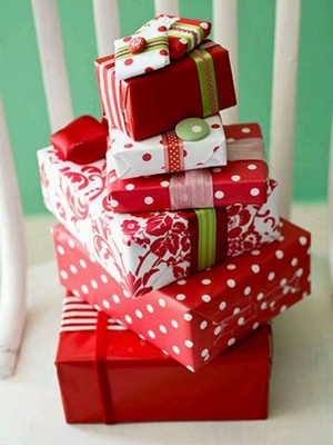 Czerwień - pakowanie prezentów