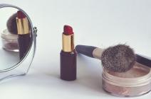 Używać czy wyrzucić? Drugie życie kosmetyków.