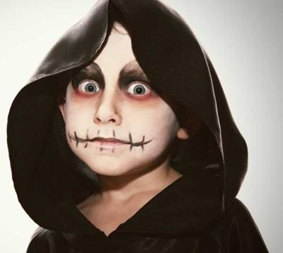 Makijaż na halloween dla dzieci zombie