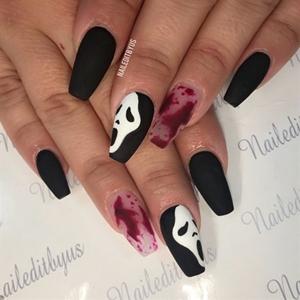 paznokcie na halloween