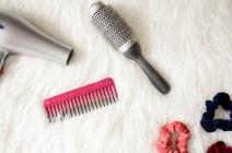 Czym układać włosy, żeby ich nie zniszczyć?
