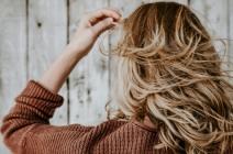 Suche włosy jak nawilżyć? Poznaj właściwości humektantów