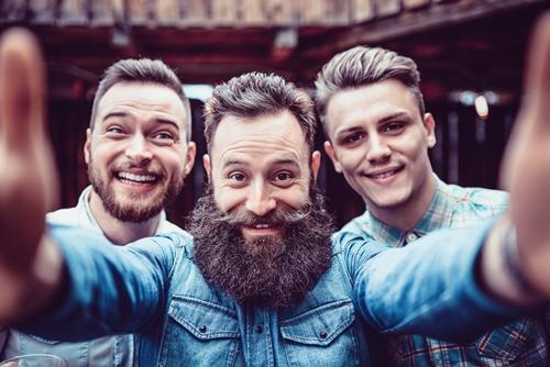 Jak zapuścić brodę? Zobacz nasze sposoby