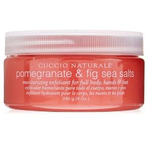 Cuccio Sea Salts | Sól morska do peelingu dłoni, stóp i ciała - owoc granatu i figa 240g