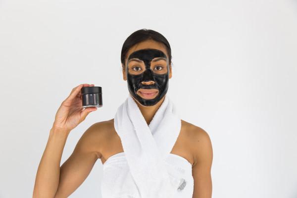 jak nawilżyć skórę twarzy