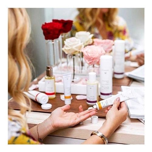 Kosmetyki dr Hauschka - poznaj naturalne kosmetyki