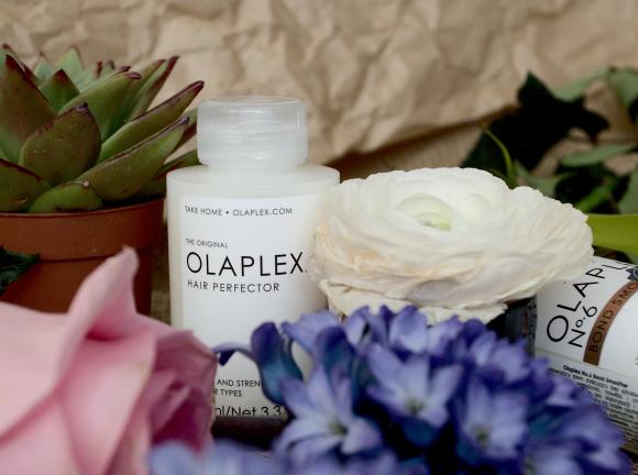 Jak zregenerować włosy w domu? Produkty Olaplex